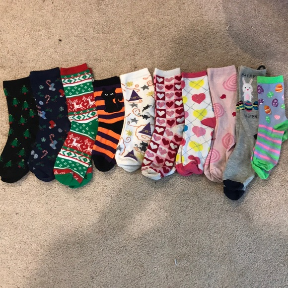 Accessories - Bundle of holiday socks!
